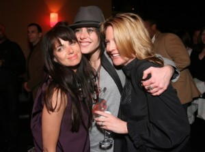 "LOS ANGELES, CA - JANUARY 06:  (L - R) Actresses Mia Kirshner, Katherine Moennig and Laurel Holloman at the ""L Word: Season 5"" premiere party at Ultra Suede on January 6, 2008 in Los Angeles, California.  (Photo by Jordan Strauss/WireImage)"